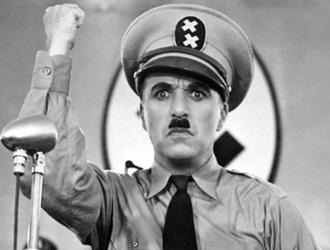 Chaplin_dittatore4