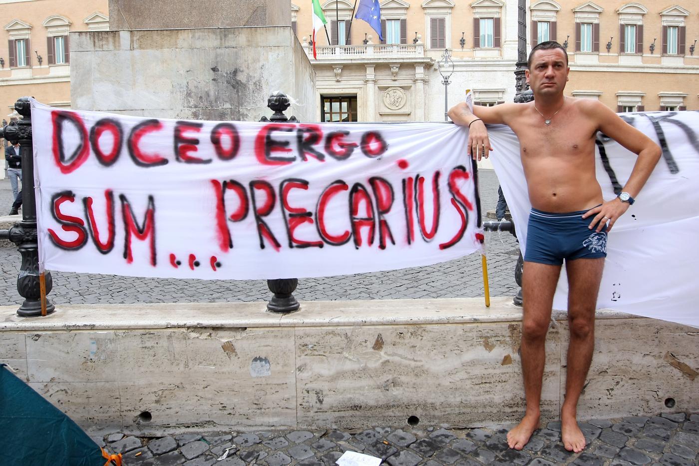 precari23