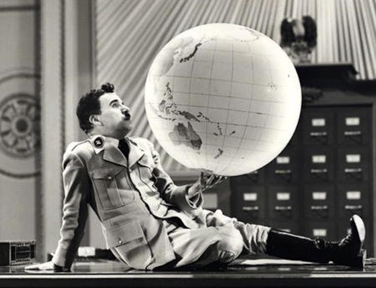 Chaplin_dittatore13
