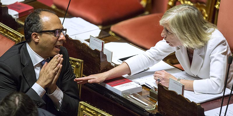 Foto Roberto Monaldo / LaPresse 24-06-2015 Roma Politica Senato - ddl Scuola Nella foto Davide Faraone, Stefania Giannini Photo Roberto Monaldo / LaPresse 24-06-2015 Rome (Italy) Senate - Draft law on school In the photo Davide Faraone, Stefania Giannini