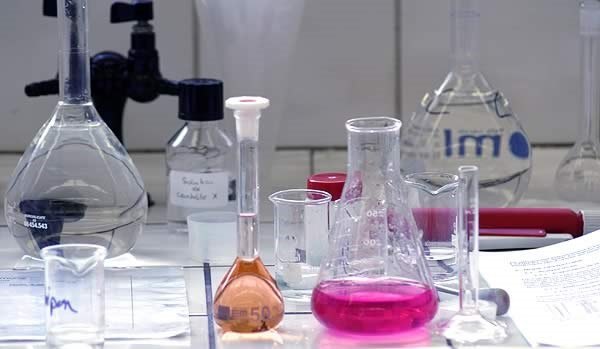 tecnici_lab-chimica2