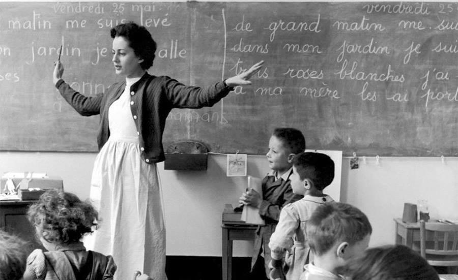 maestra-francese1a
