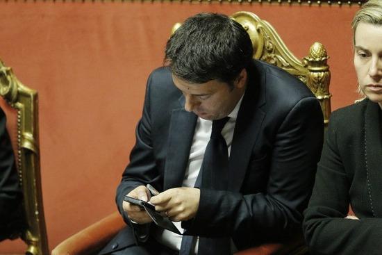 Renzi-telefono3