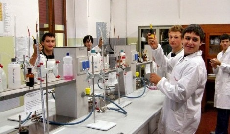 tecnici_lab-chimica1a