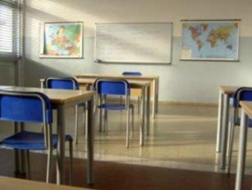 scuola_banchi_2