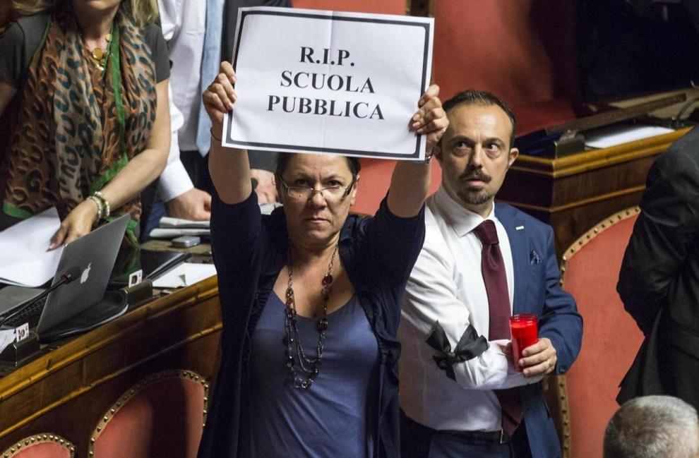 Senato-proteste1