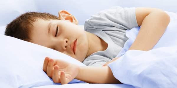 bambino-dorme2
