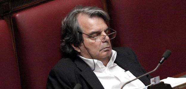 Brunetta-dorme1
