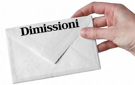 Dimissioni13
