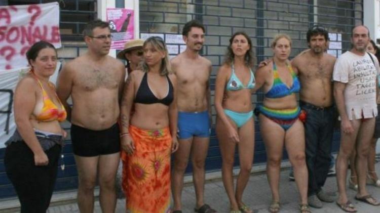 prof-bikini2