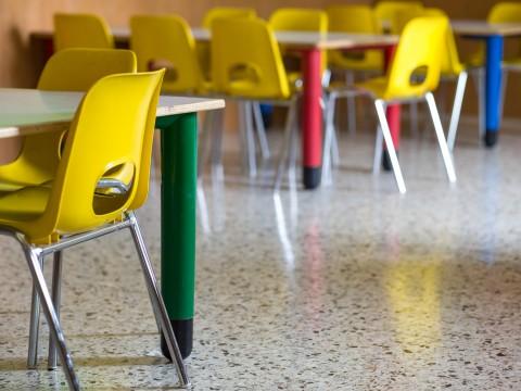 infanzi-sedie-tavoli1